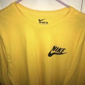Nike Long sleeve Shirt Size L